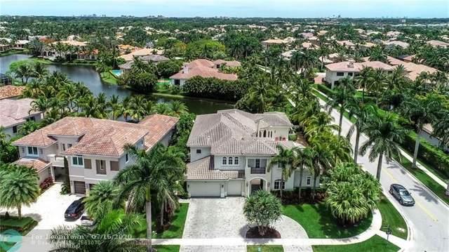 590 Coconut Palm Ter, Plantation, FL 33324 (MLS #F10237171) :: Laurie Finkelstein Reader Team