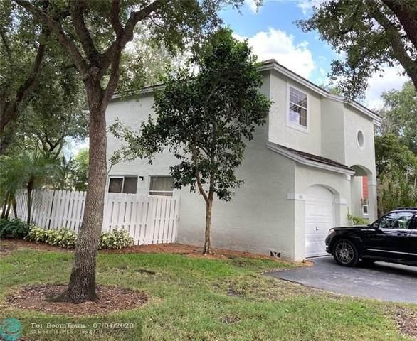 9832 NW 9th Ct, Plantation, FL 33322 (MLS #F10237265) :: Berkshire Hathaway HomeServices EWM Realty