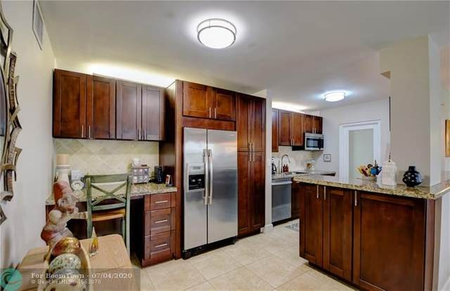 2555 NE 11 ST #309, Fort Lauderdale, FL 33304 (MLS #F10237307) :: Berkshire Hathaway HomeServices EWM Realty
