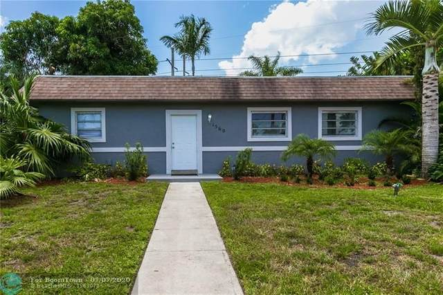 1560 SW 52nd Ave, Plantation, FL 33317 (MLS #F10237519) :: Green Realty Properties