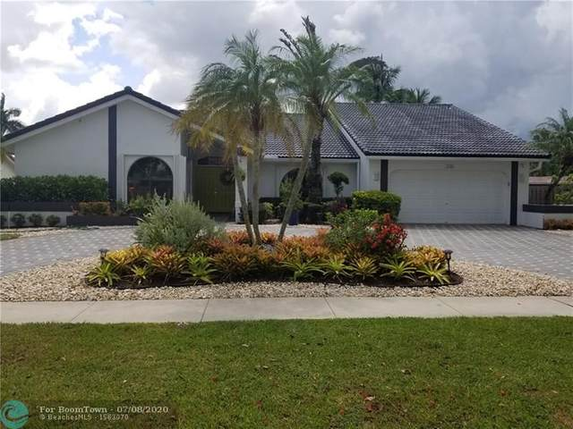 230 NW 107th Ave, Plantation, FL 33324 (MLS #F10237913) :: Green Realty Properties