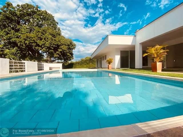 . Quintas De Cafelia, Other County - Not In Usa, FL  (MLS #F10237946) :: Green Realty Properties