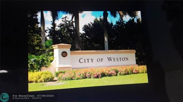 11 Whitehead Cir #11, Weston, FL 33326 (MLS #F10238051) :: Berkshire Hathaway HomeServices EWM Realty