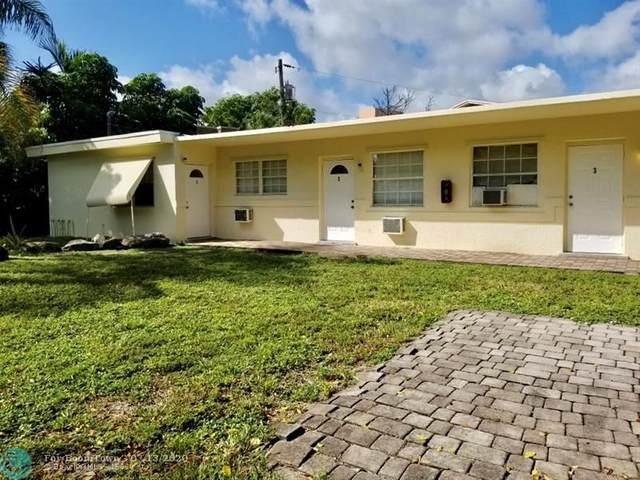 898 SE 2nd Pl, Deerfield Beach, FL 33441 (MLS #F10238157) :: United Realty Group