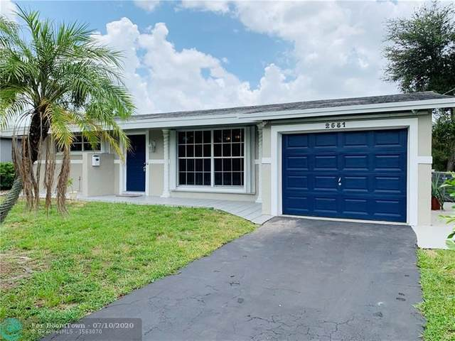 2581 NW 84th Way, Sunrise, FL 33322 (MLS #F10238392) :: Berkshire Hathaway HomeServices EWM Realty