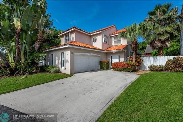 3165 N 36th Ave, Hollywood, FL 33021 (MLS #F10239667) :: Berkshire Hathaway HomeServices EWM Realty