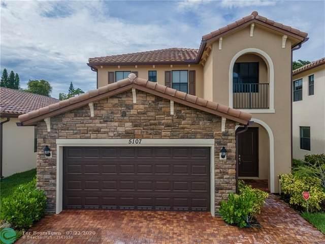 5107 NW 52nd St, Tamarac, FL 33319 (MLS #F10240383) :: Berkshire Hathaway HomeServices EWM Realty