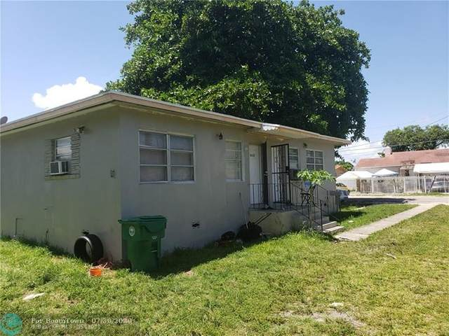 1050 NW 35th St, Miami, FL 33127 (#F10241307) :: The Rizzuto Woodman Team