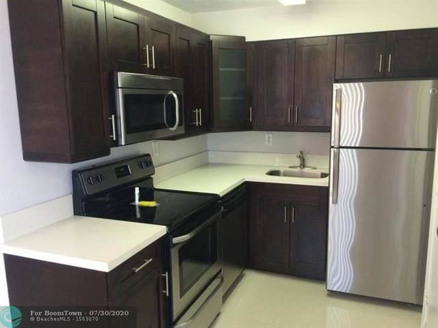 8701 SW 141st St M7, Palmetto Bay, FL 33176 (MLS #F10241516) :: Berkshire Hathaway HomeServices EWM Realty