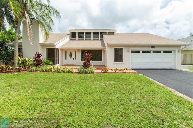 7340 NW 52nd Ct, Lauderhill, FL 33319 (MLS #F10241690) :: Green Realty Properties
