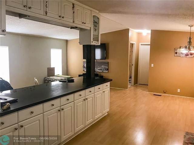 941 SW 131st Ave, Davie, FL 33325 (MLS #F10242255) :: Castelli Real Estate Services