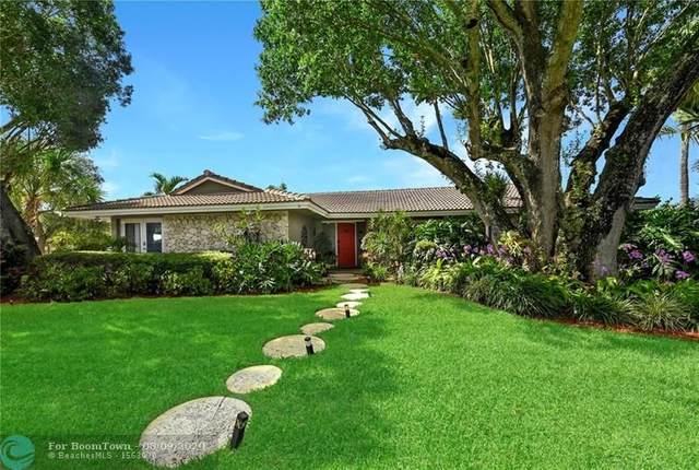 900 SW 1st St, Boca Raton, FL 33486 (MLS #F10242454) :: The Howland Group