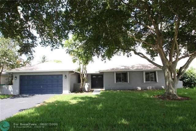 2811 SW 85th Way, Davie, FL 33328 (MLS #F10243015) :: The Howland Group