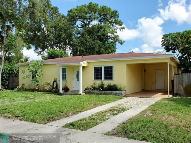 4816 SW 11th Ct, Plantation, FL 33317 (MLS #F10243120) :: The Howland Group