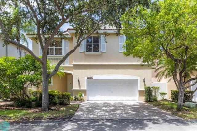 1035 Corkwood St, Hollywood, FL 33019 (MLS #F10243349) :: Berkshire Hathaway HomeServices EWM Realty
