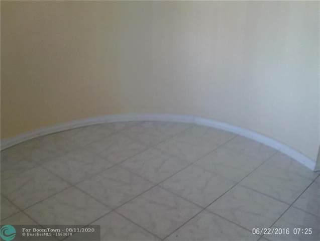 4440 Inverrary Blvd, Lauderhill, FL 33319 (MLS #F10243560) :: The Paiz Group