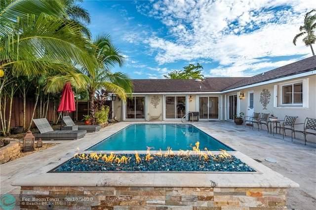 8151 SW 27th Pl, Davie, FL 33328 (MLS #F10244188) :: Miami Villa Group