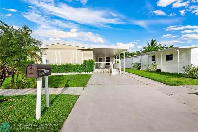 5226 NW 4th Ave, Deerfield Beach, FL 33064 (MLS #F10245738) :: Berkshire Hathaway HomeServices EWM Realty