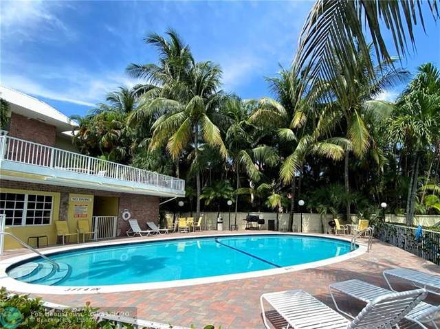 Fort Lauderdale, FL 33316 :: The Howland Group
