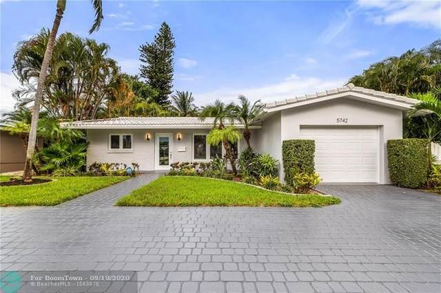 5742 NE 15th Ave, Fort Lauderdale, FL 33334 (MLS #F10249499) :: Berkshire Hathaway HomeServices EWM Realty