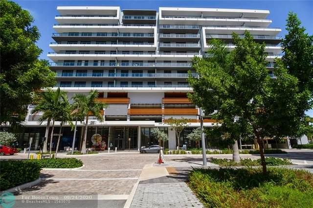 2960 NE 207th St #614, Miami, FL 33180 (MLS #F10250417) :: Berkshire Hathaway HomeServices EWM Realty