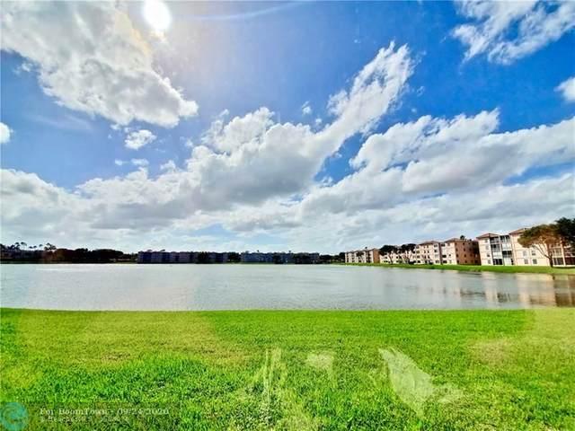 14095 Royal Vista Dr #105, Delray Beach, FL 33484 (MLS #F10250489) :: The Howland Group