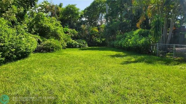842 SW 11th St, Fort Lauderdale, FL 33315 (MLS #F10250521) :: Berkshire Hathaway HomeServices EWM Realty