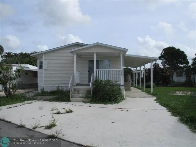 1750 SW 85th Ave, Davie, FL 33324 (MLS #F10252501) :: Berkshire Hathaway HomeServices EWM Realty