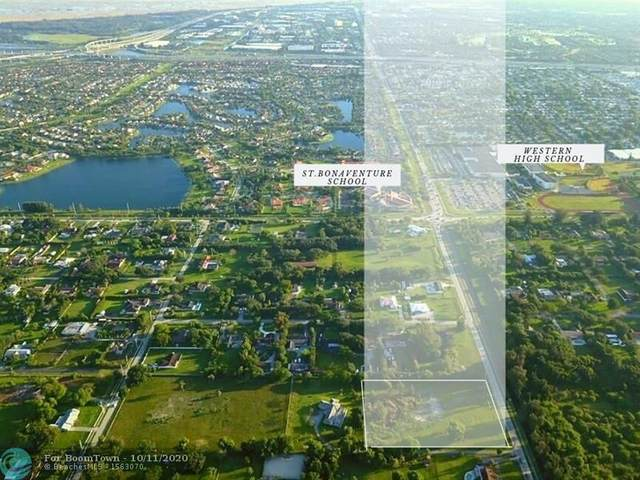 1701 SW 136th Ave, Davie, FL 33325 (MLS #F10252793) :: Berkshire Hathaway HomeServices EWM Realty
