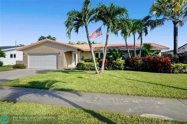 2401 NE 35th Dr, Fort Lauderdale, FL 33308 (MLS #F10253285) :: Berkshire Hathaway HomeServices EWM Realty