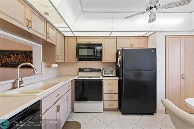 6866 Huntington Ln #207, Delray Beach, FL 33446 (MLS #F10253359) :: Berkshire Hathaway HomeServices EWM Realty