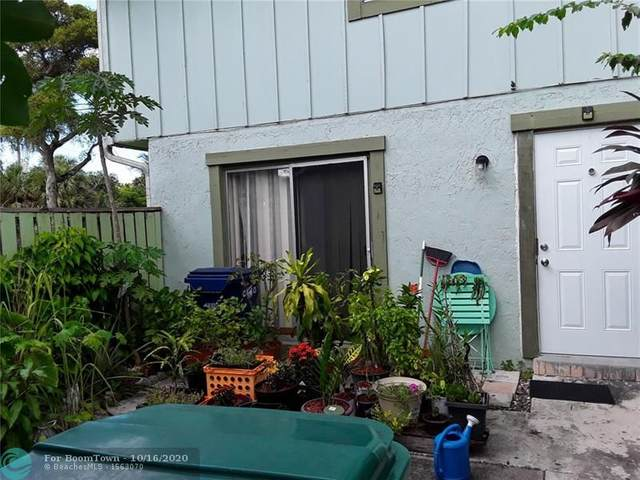 5982 NW 21st St 56-B, Lauderhill, FL 33313 (MLS #F10254015) :: Castelli Real Estate Services