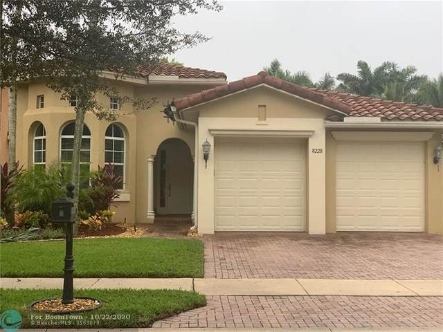 8228 NW 105th Ln, Parkland, FL 33076 (MLS #F10255101) :: Berkshire Hathaway HomeServices EWM Realty