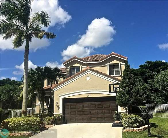 1749 Winterberry Ln, Weston, FL 33327 (MLS #F10255185) :: Berkshire Hathaway HomeServices EWM Realty