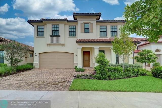 11765 Waterway Cir, Parkland, FL 33076 (MLS #F10255296) :: Berkshire Hathaway HomeServices EWM Realty