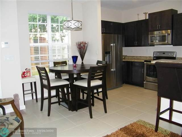 616 SW 3rd Ave, Pompano Beach, FL 33060 (MLS #F10255605) :: Berkshire Hathaway HomeServices EWM Realty