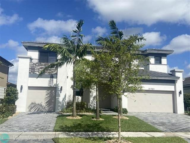 10785 Shore Street, Parkland, FL 33076 (MLS #F10255666) :: The Paiz Group