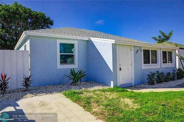 741 W 2nd St, Riviera Beach, FL 33404 (#F10255877) :: Manes Realty Group