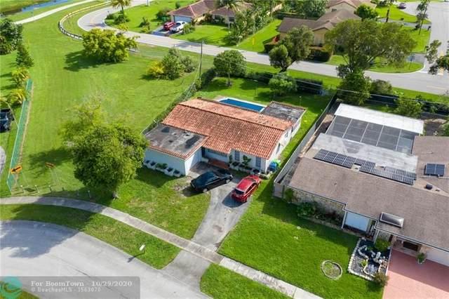 11310 NW 29th St, Sunrise, FL 33323 (MLS #F10256061) :: Berkshire Hathaway HomeServices EWM Realty