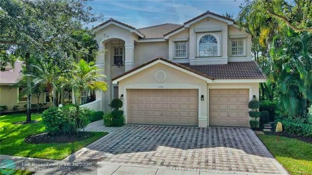 11774 Bayfield Dr, Boca Raton, FL 33498 (MLS #F10256206) :: United Realty Group
