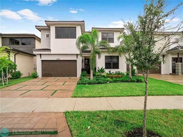 15463 NW 88th Ct, Miami Lakes, FL 33018 (MLS #F10258267) :: Miami Villa Group
