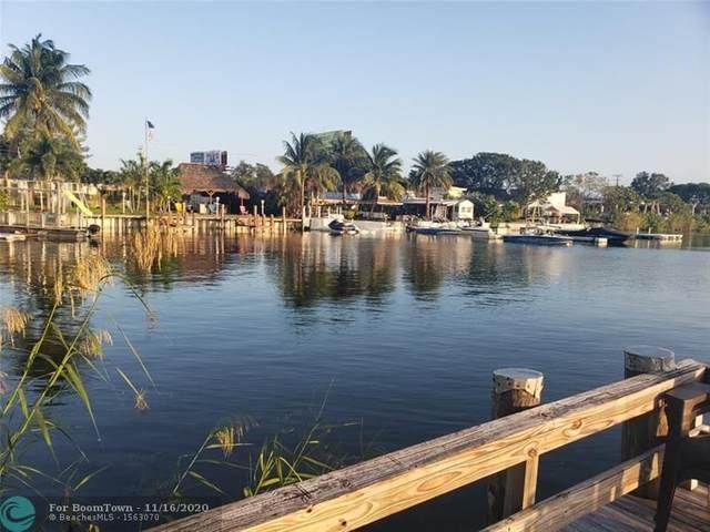 960 Crystal Lake Dr #203, Deerfield Beach, FL 33064 (#F10258571) :: Ryan Jennings Group