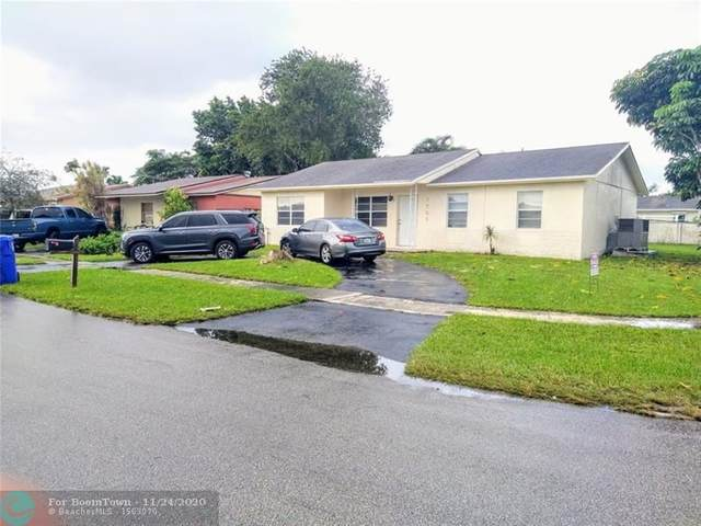 7701 SW 7th St, North Lauderdale, FL 33068 (MLS #F10260079) :: Castelli Real Estate Services