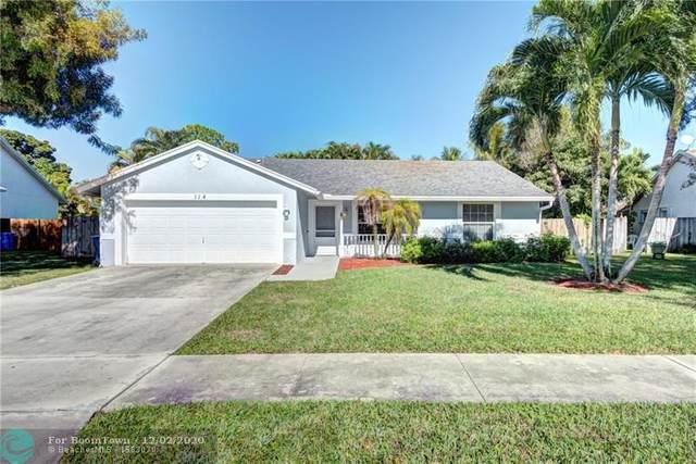 114 Sand Pine Way, Royal Palm Beach, FL 33411 (MLS #F10260908) :: United Realty Group
