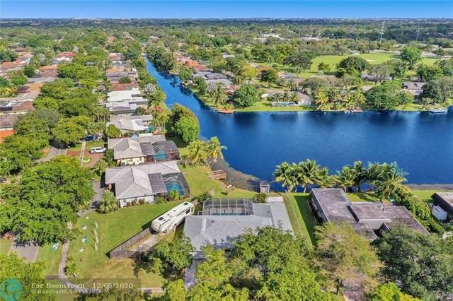 6721 SW 20th St, Plantation, FL 33317 (MLS #F10261481) :: Miami Villa Group