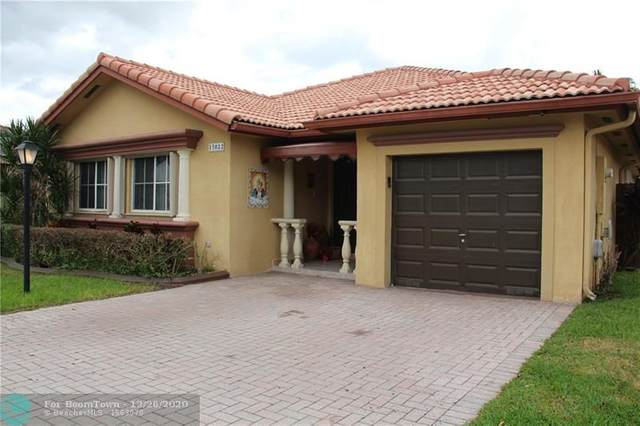 15022 SW 30th St, Miami, FL 33185 (MLS #F10263922) :: Castelli Real Estate Services