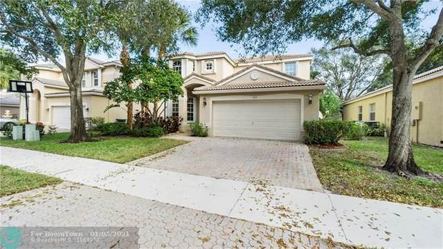 5814 NW 49th Ln, Coconut Creek, FL 33073 (MLS #F10264999) :: Berkshire Hathaway HomeServices EWM Realty