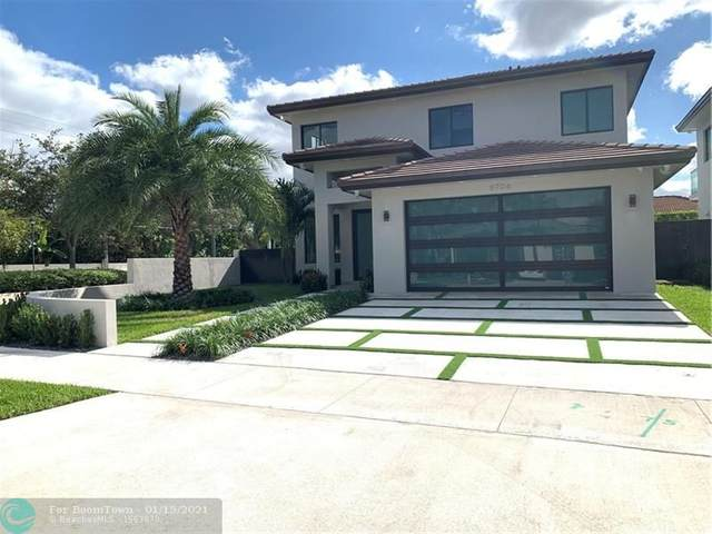 8706 NW 146th Ln, Miami Lakes, FL 33018 (MLS #F10266664) :: Berkshire Hathaway HomeServices EWM Realty