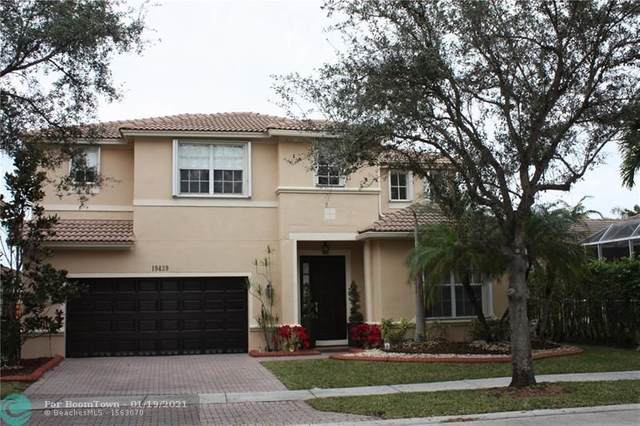 19439 S Whitewater Ave, Weston, FL 33332 (MLS #F10266677) :: United Realty Group