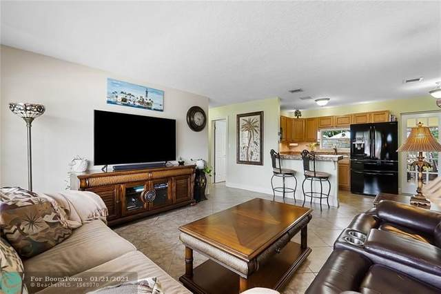 1020 SE 7th St, Deerfield Beach, FL 33441 (#F10267064) :: Dalton Wade
